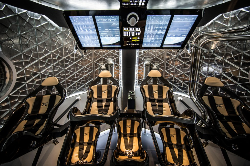 spacex-dragon-v2-interior-wide